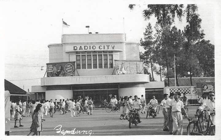 Radio City Cinema, Bandung 1953