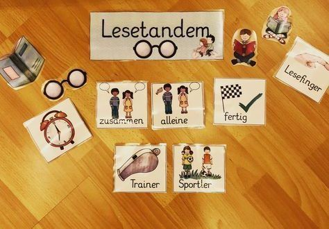 Today we tried the reading tandem for the first time (idea of @ klasse.n.lehrerin). A child is the coach (good reader), one
