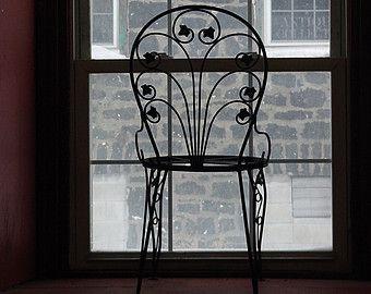 Articles similaires à Chaire industrielle faite de main, fer à manger table chaise, Heavy Duty, chaise carrée moderne en fer, chaise en fer forgé, l'un des types. sur Etsy