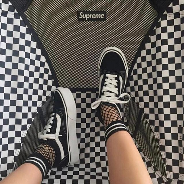 1120 best supreme images on pinterest street wear for Bedroom kandi swag bag
