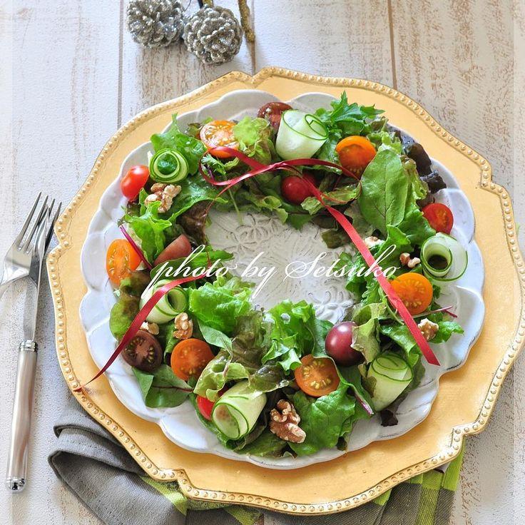 いよいよ12月も半ば。1年の中でも大きなイベントクリスマスが近づいていますね♪クリスマスメニューはチキンやローストビーフ、ピザなどこってりとしたメニュー中心ですが、しっかり野菜も摂りたいところ。今回は、簡単で料理初心者でも作りたくなるような、野菜を使った「前菜」をまとめてみました!