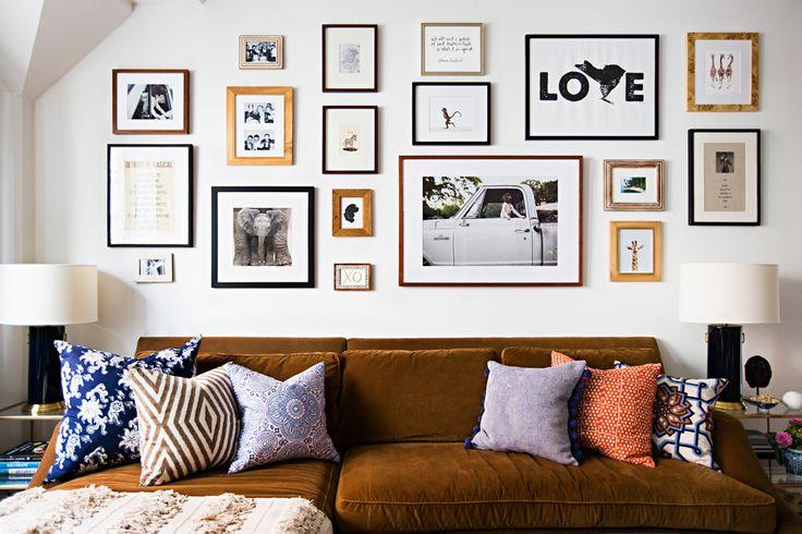 Comment assortir son décor à un canapé moutarde ?   Manhattan apartment