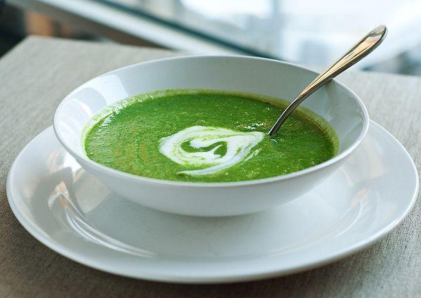Суп-пюре со шпинатом и сельдереем