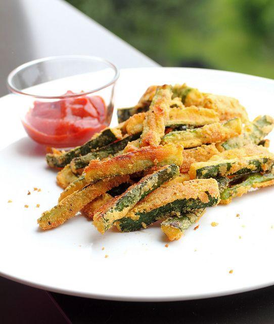 Crunchy cornmeal zucchini fries