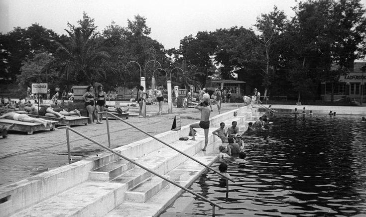 Gyógyfürdő- 1953