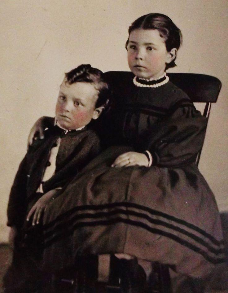 ANTIQUE CIVIL WAR ERA TINTYPE PHOTO CUTE LITTLE BOY & GIRL IN LOVELY HOOP DRESS