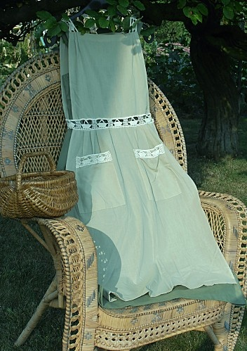 "la robe ""aux paniers """