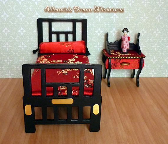 Dollhouse bed and nightstand  1:12 scale, dollhouse miniature artisan 12th, Chinoiserie Chic dollhouse furniture set 12th.