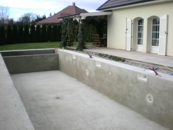 Photo dalle b ton autour de la piscine house project for Dalle piscine