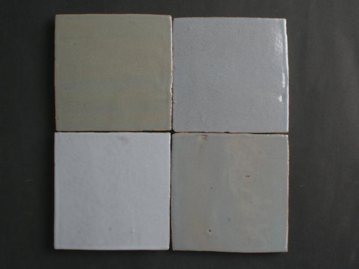 Authentiek blauw grijs mix 10x10 cm  Artisinale tegels  Kleurverschillen en onregelmatigeden.