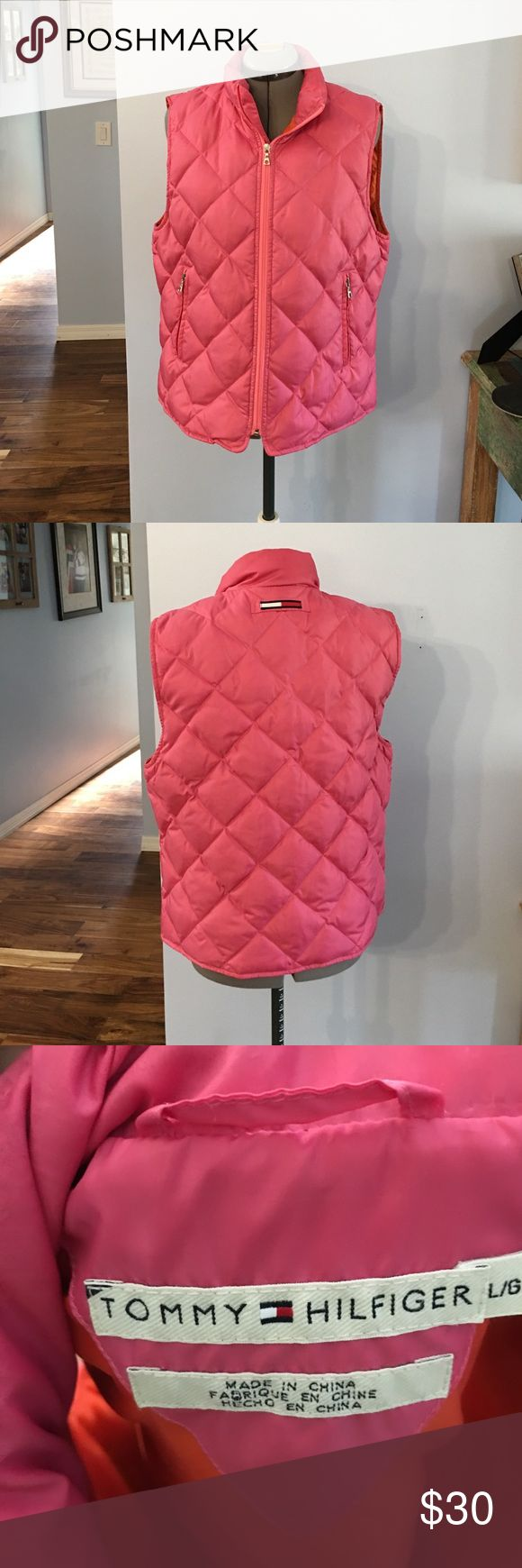 Tommy Hilfiger puffer vest Great condition no tears or stains Tommy Hilfiger Tops