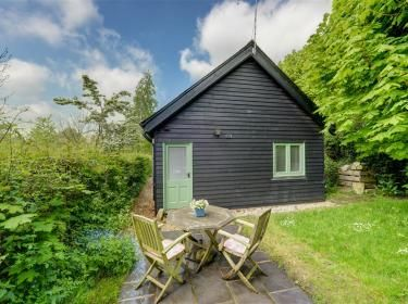 Woodpecker. Bijoux but oh so such a sweet Kentish hideaway.  http://www.cottageholidays.co.uk/tabs_property/CC0294_FR?nights=7