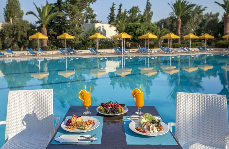 Breakfast by the pool after a swim at Kipriotis Hippocrates Hotel! Your dream holidays with just a click.  #breakfast #breakfastpool #pool #poolview #poolhotel #pooltime #KipriotisHotels #Greekisland