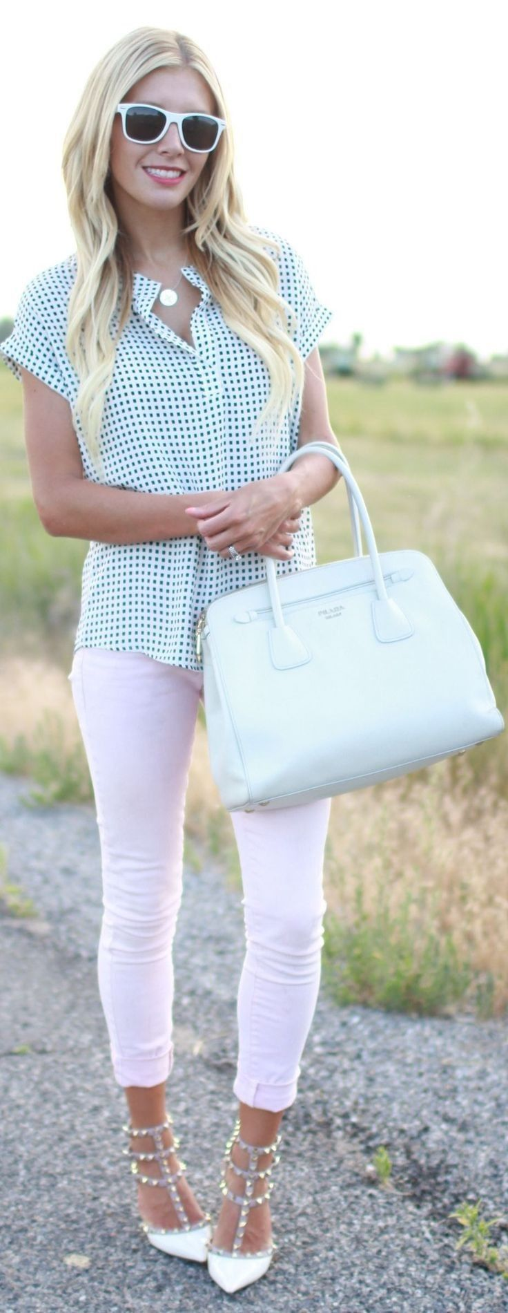 outstanding outfits with light pink pants