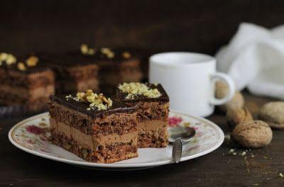 Receptek, és hasznos cikkek oldala: Diós szelet, főtt csokoládékrémmel