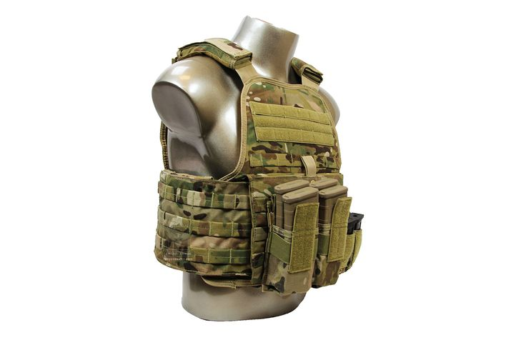AR500 Armor Operator II Plate Carrier Package with Level III Body Armor and Pouches