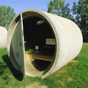 Concrete pipe house - xxDxx