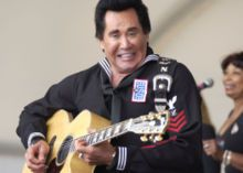 Wayne Newton was born Carson Wayne Newton in Norfolk, VA, to Evelyn Marie Smith and Patrick Newton, who was an auto mechanic. His father was from Fredericksburg, VA and of Scottish/Irish-Powhatan descent and his mother, from West Virginia was of German-Cherokee ancestry.