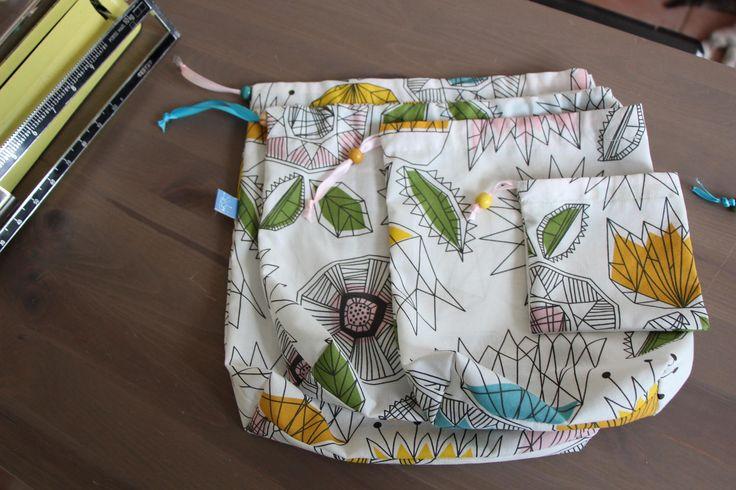 Lot de quatre sacs à vrac série géométrique pour vos courses zéro déchet de la boutique Lebigornopiquant sur Etsy