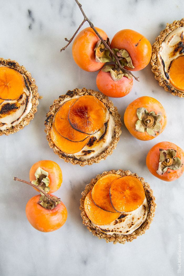 Brûléed Persimmon Tart with maple cinnamon cream cheese #Delicious #Dessert #Yum