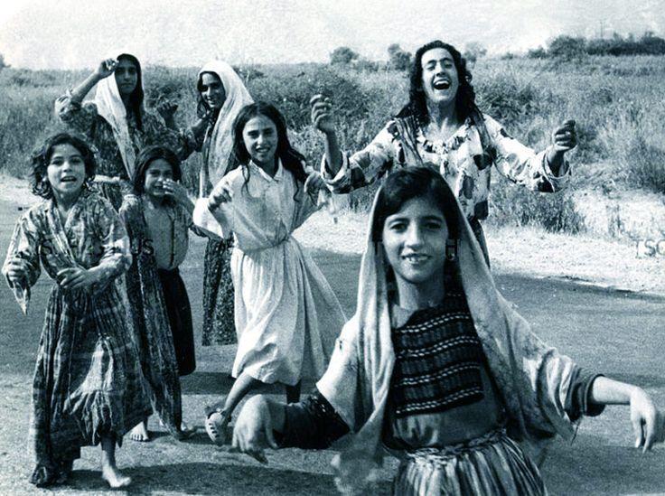 Цыгане Греции. Фотографии второй половины XX века и начала XXI столетия.