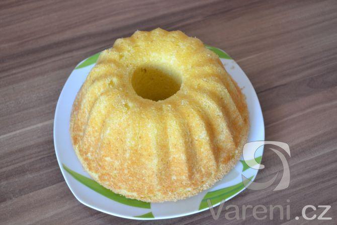 Recept Citronová bábovka s jogurtem - Citronová bábovka od Veru.
