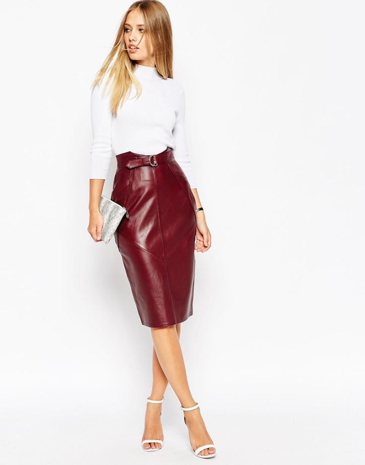 Leather pencil skirt, autumn outfit. More skirts to wear this fall >>> http://justbestylish.com/10-stylish-skirts-to-wear-this-fall/