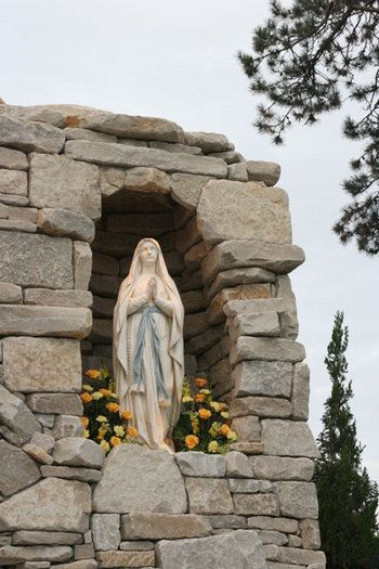 Photo for Mary's Grotto-would love to have one in my backyard