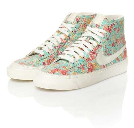 WHAT THE WHAT. i never knew i wanted floral hightop nikes until i, ya know, saw them.