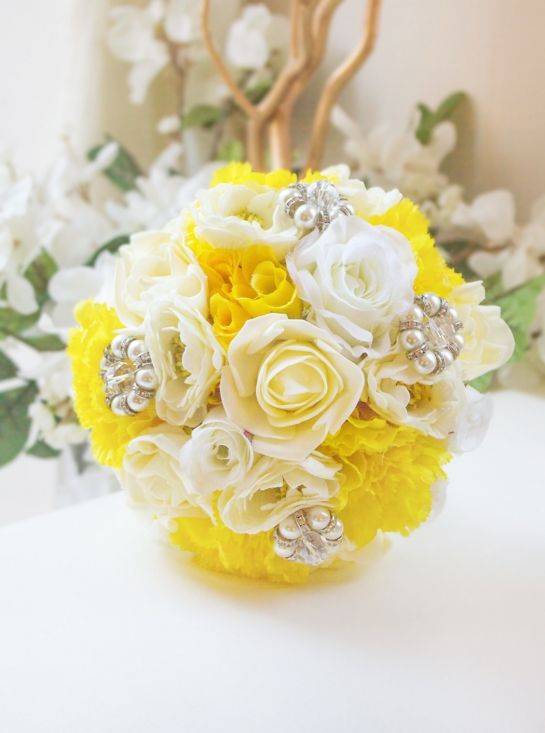 The 25+ best Chrysanthemum bouquet ideas on Pinterest ...