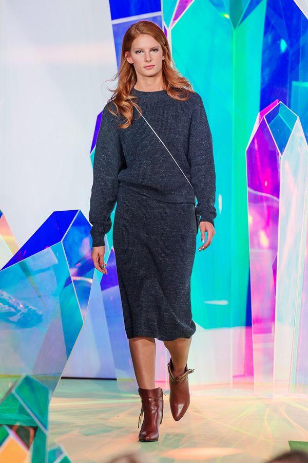 Filippa K's höstkollektion gav Nina Bogstedt och designerteametpå Filippa K Damernas Värld Guldknappen för andra gången. Vill du passa på att njuta av en närmare titt på kollektionen – då ser du hela vinnarvisningen från galan här nedan.