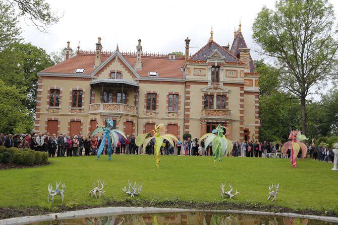 Restaurée par la communauté urbaine Creusot Montceau avec le soutien de la DRAC, la villa Perrusson et son jardin ont été inaugurés le 4 juin dernier dans une ambiance de fête.