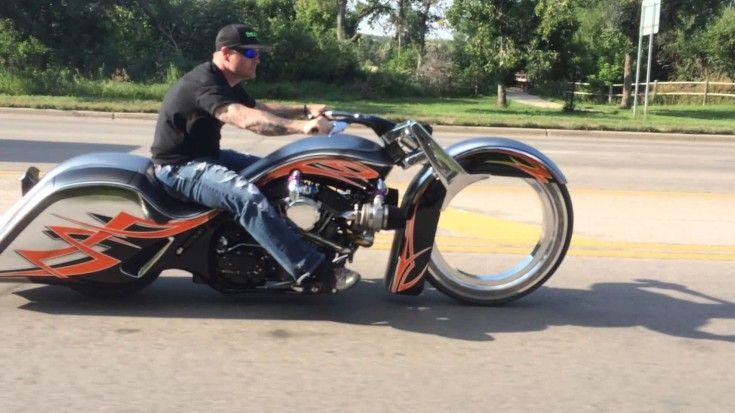 Harley Bagger Moto Sin Radios En La Rueda Delantera