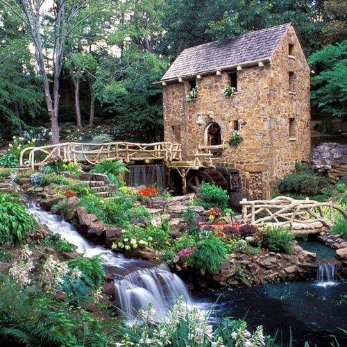 The Old Mill, Little Rock, Arkansas  photo via libertad