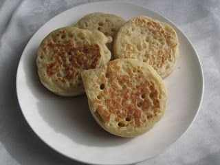 Real Meals: Crumpets!!!