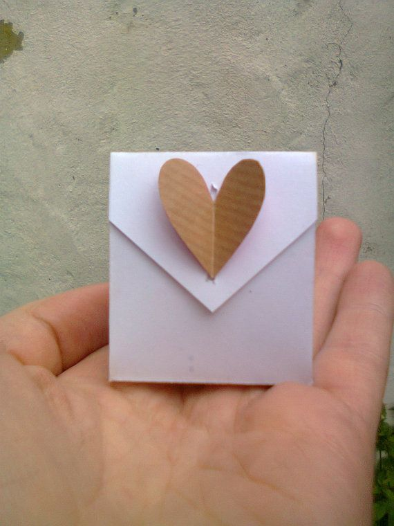 Set of 50 origami wedding favours - envelope bags with heart detail