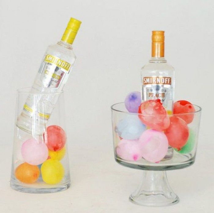 Great idea to cool drinks and it also looks totally funny. Fill water balloons with water and freeze and then use as a cooling element.