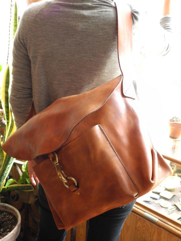 Leather Bag - lukning kan måske bruges til noget med den nye taske og de 2 kobber carbiner jeg har.