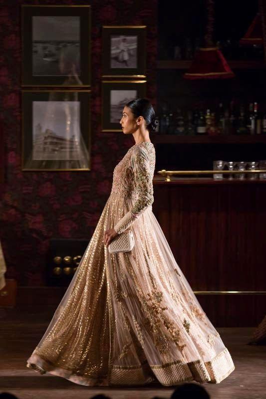 Fashion: Sabyasachi Show at India Couture Week 2014