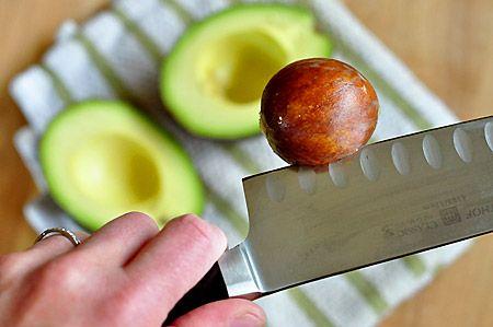 Косточка авокадо. Ну нифига себе!