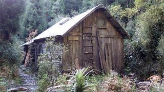Tasmania 's mountain huts -  useful imagining early buildings ???