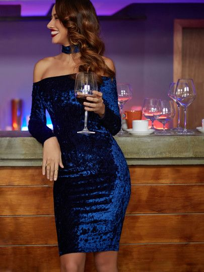 Shop Navy Choker Neck Velvet Pencil Dress online. SheIn offers Navy Choker Neck Velvet Pencil Dress & more to fit your fashionable needs.