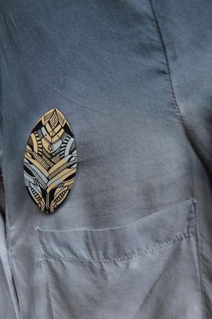 #birchwood brooch handmade by JAGURKA
