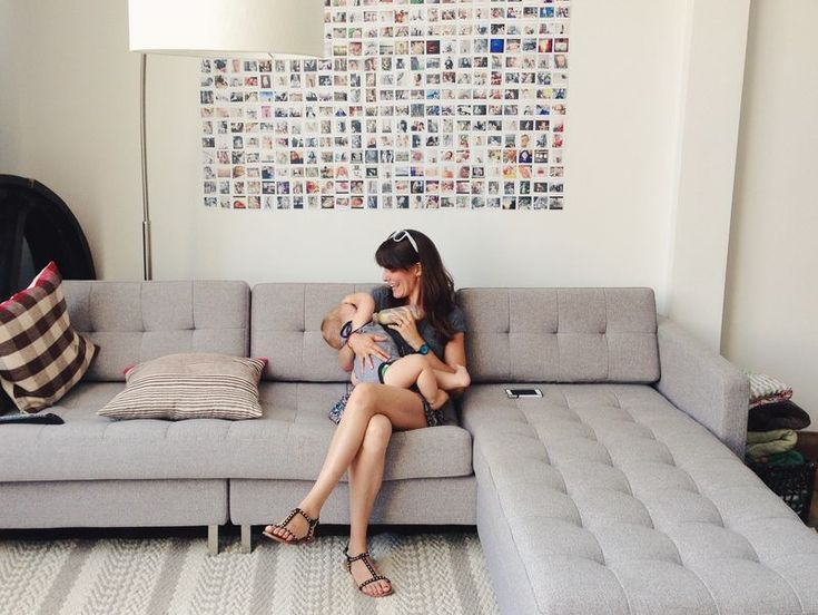 Love the picture wall and the couch pillows!