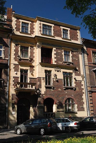 """""""Festina Lente"""" building Kraków Retoryka 7 by Theodorus Talowski"""