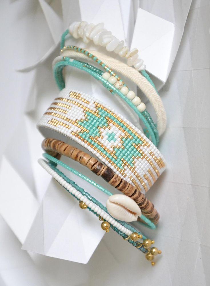 "Bracelet ""Ribambelle"" tons turquoise, blanc, doré"