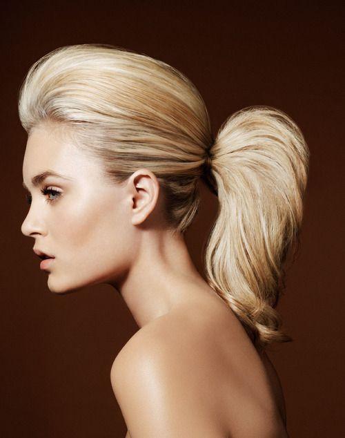 M- #blonde #girl #ponytail