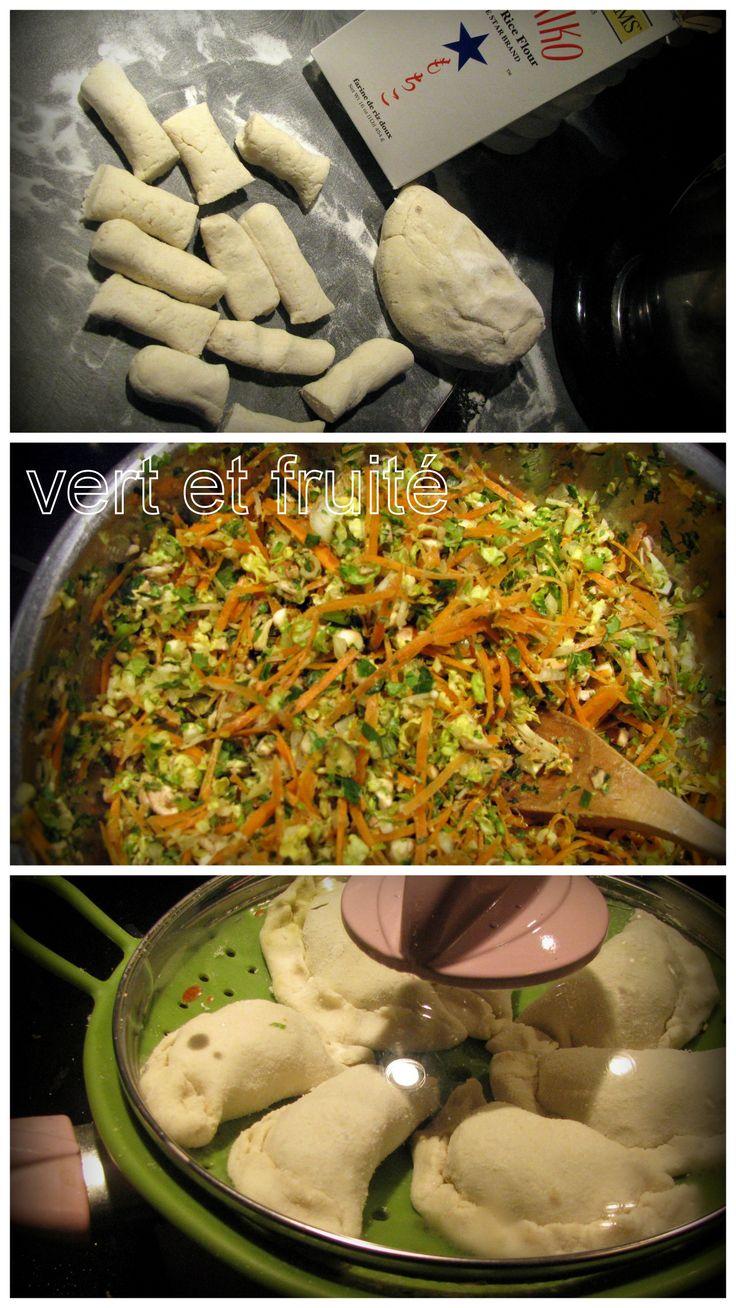 Dumplings aux légumes avec sauce crémeuse à l'arachide #sansgluten #vegan http://vertetfruite.com/dumplings/
