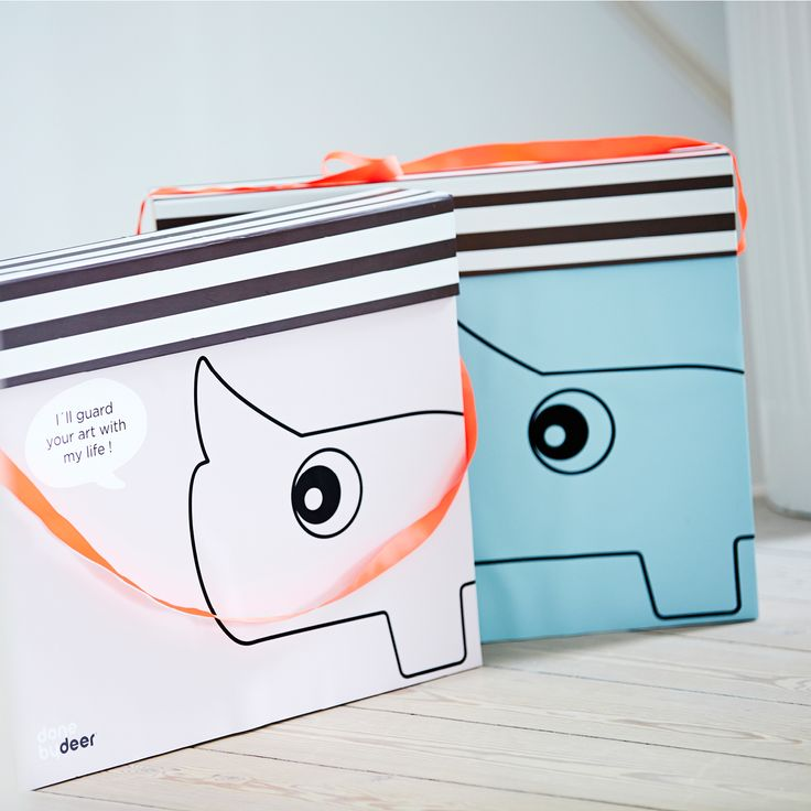 Keep an eye on your children's masterpieces with this fun and delightful art box by Done by Deer.