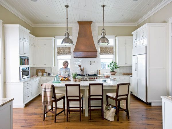 I absolutely LOVE this kitchen, especially the copper range hood :)